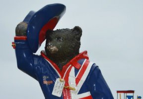 Paddington – why he wears a duffle coat  – a cultural anthropology-based theory