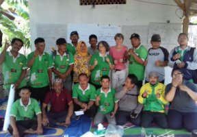 Julie Ingram returns to Indonesia to participate in Science Field Shops